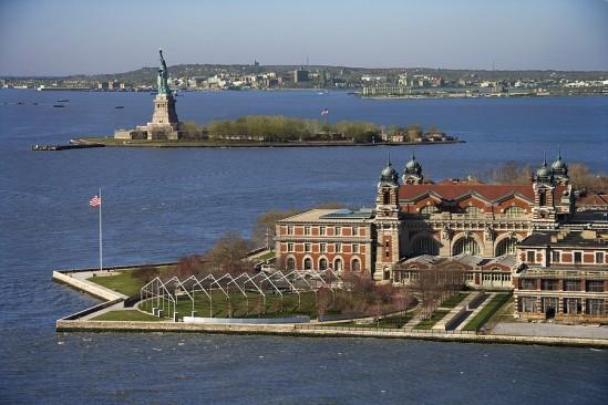 Statue of Liberty & Ellis Island   Immigration